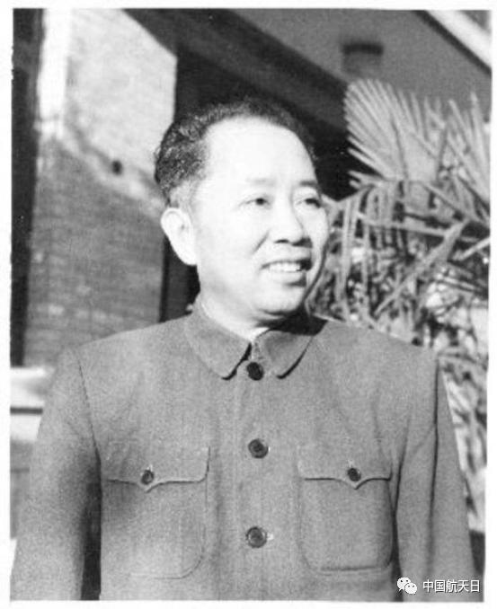 ▲开国上将、中国人民解放军首任空军司令员刘亚楼将军,曾任国防部第五研究院院长。