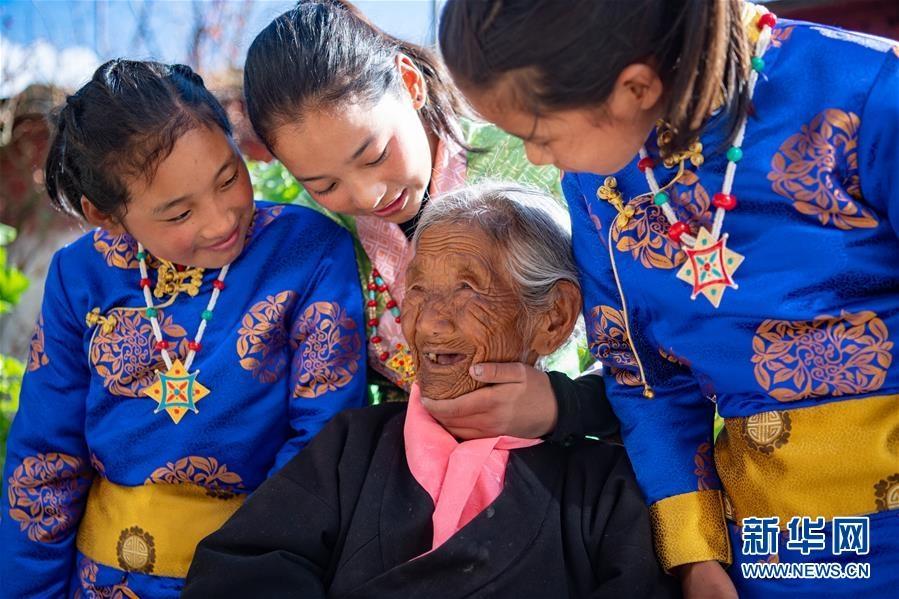 (新华全媒头条·图文互动)(8)阔步走在新时代康庄大道上——以习近平同志为核心的党中央关心西藏工作纪实