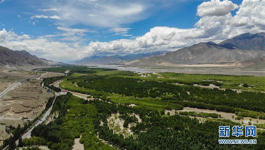 (新华全媒头条·图文互动)(3)阔步走在新时代康庄大道上——以习近平同志为核心的党中央关心西藏工作纪实